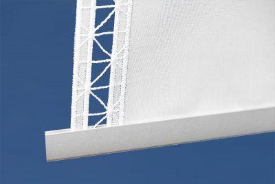 moderner flächenvorhang geradlinig plauener spitze detailbild