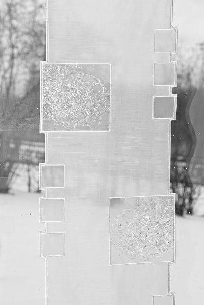 Moderner Scheibengardine Schneeballspitze modern 33 cm breit_03