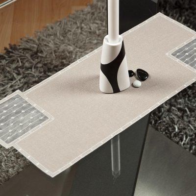 Moderner Tischläufer Schneeballspitze dezent 25 × 55 cm