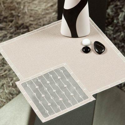 Modernes Tischdeckchen Schneeballspitze dezent 25×25 cm