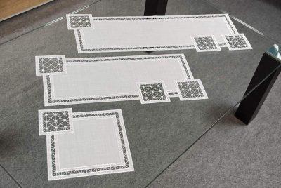 plauener-spitze-modern-tischdecke-tischlaeufer-modern-Quadrat-25x25-24x55-24x70-cm-1.jpg
