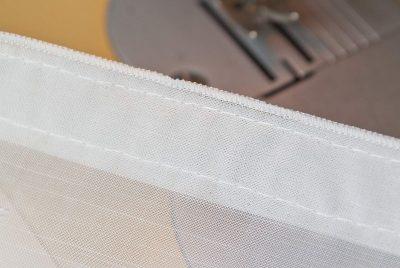 Gardinen flauschband-oben-rueckseite-angenäht