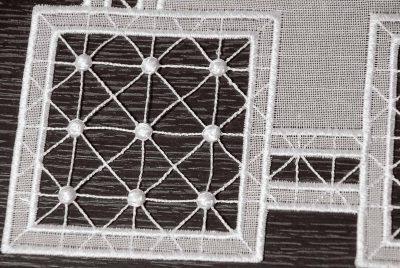 Moderne Tischdecke Plauener Spitze Quadrat 82x82 cm